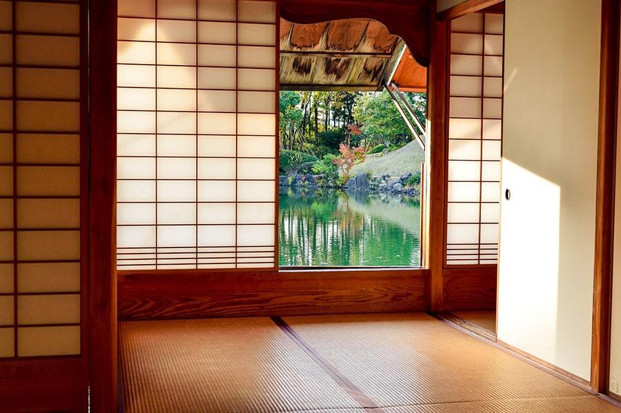 Mơ thấy nước trong nhà
