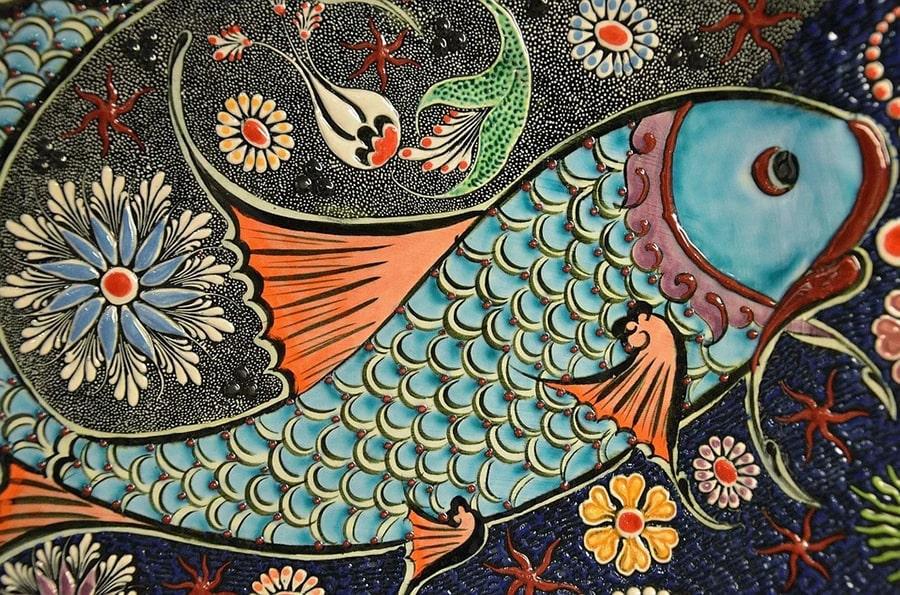Mơ thấy cá đầy màu sắc