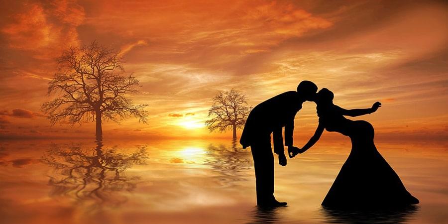 Mơ thấy người yêu cũ quay lại và hôn mình